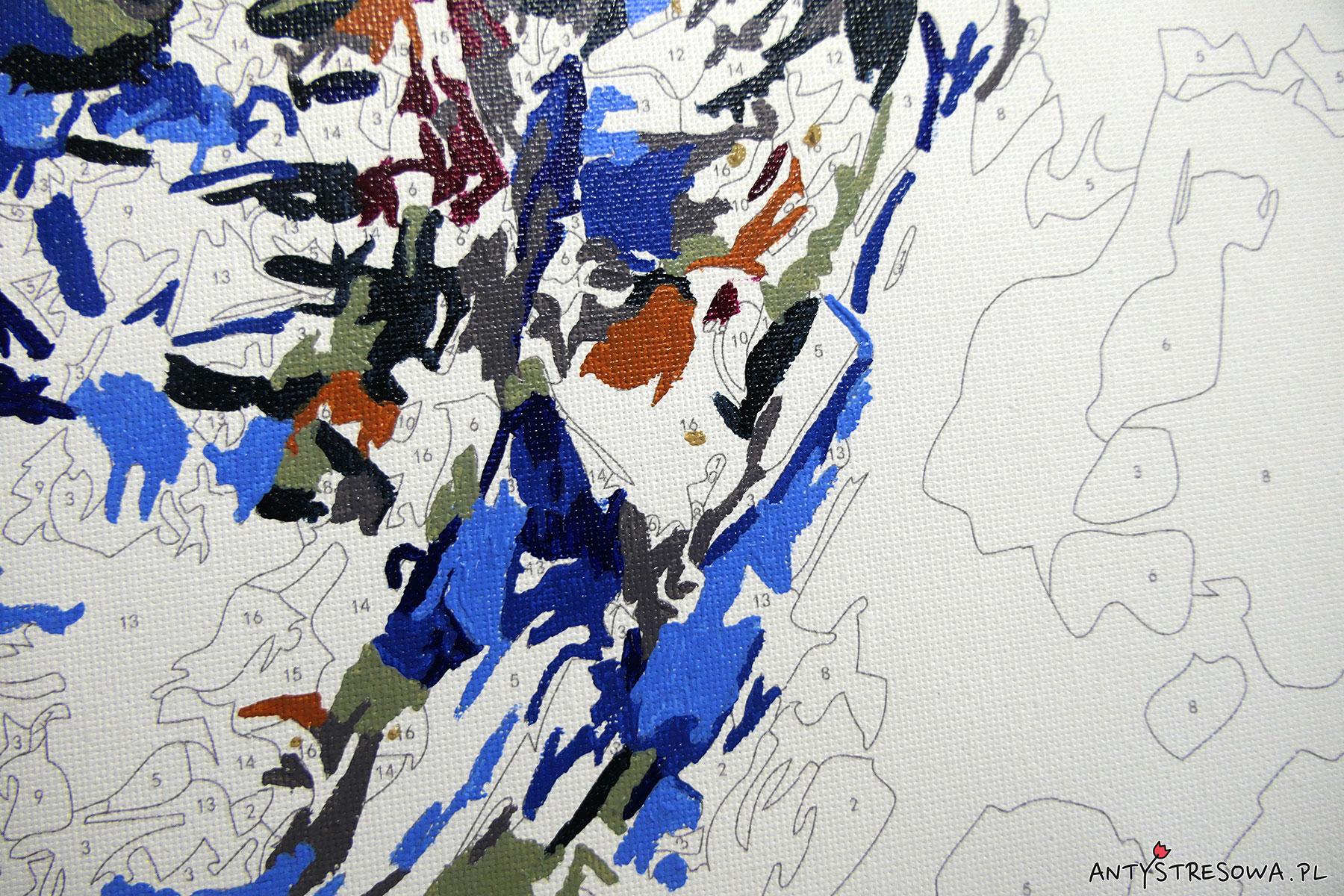 Niebieska sowa - zestaw w trakcie malowania