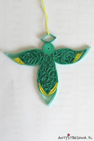 Turkusowy anioł wykonany techniką Quillingu
