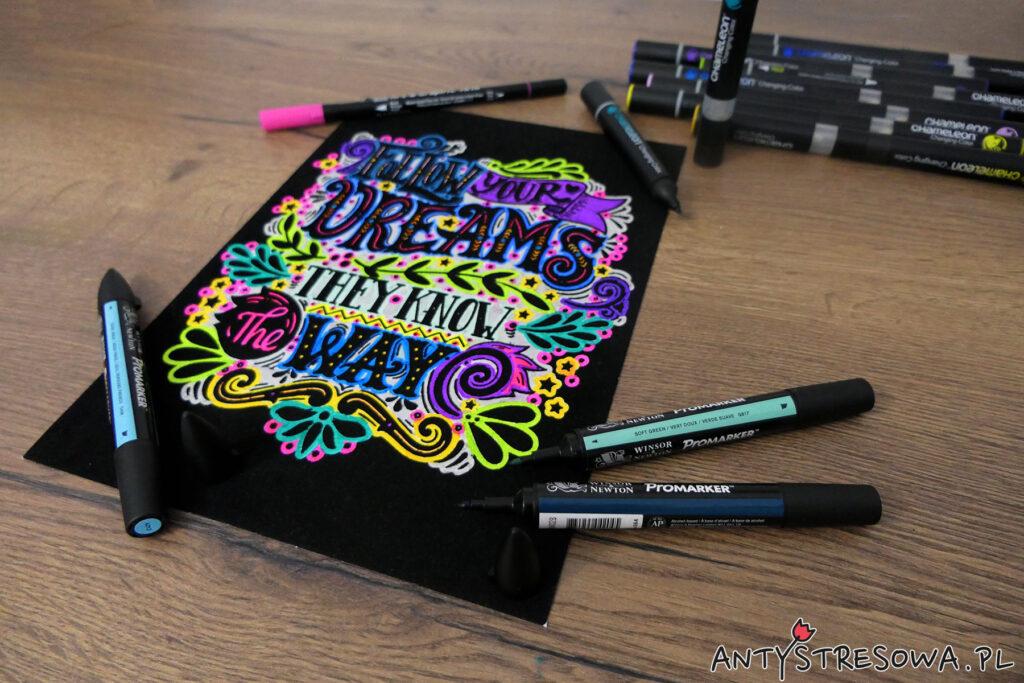 Welurowe kolorowanki z cytatami