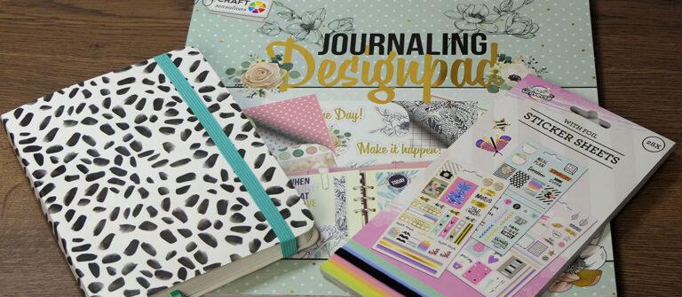 Akcesoria do Bullet Journal - zeszyt, naklejki i journaling designpad