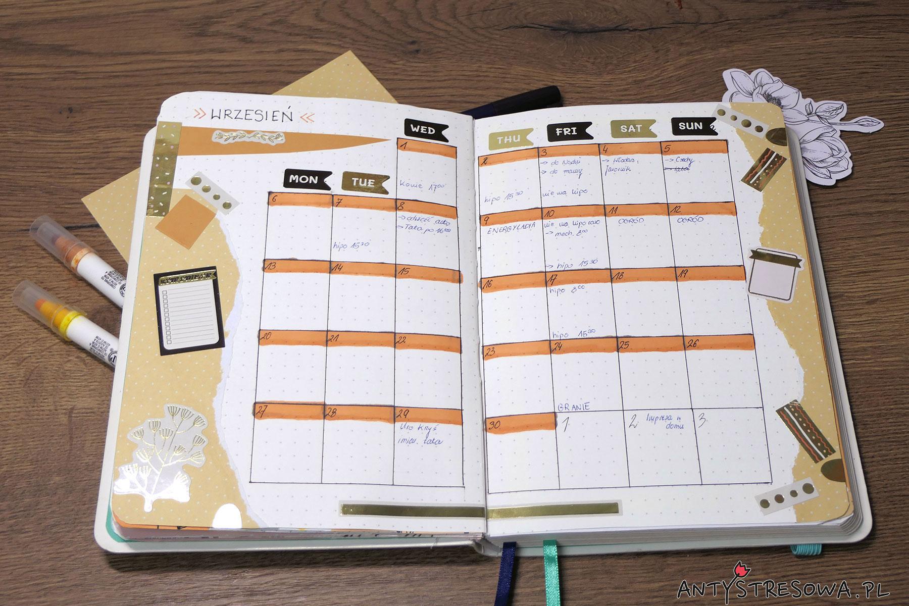 Planowanie w Bullet Journal - kalendarz na miesiąc